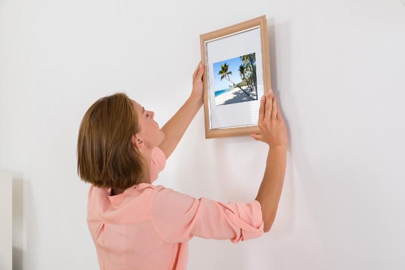 bedroom interior design - wall frame